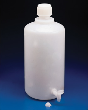 2 Gallon (8 liters) LDPE Carboy with Spigot