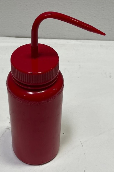 250 ml Wash Bottle RED