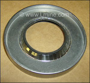 UD-22 Large Rear Seal for Pulverizer