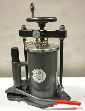Pressure Filter w/Barrel Lift, 8""