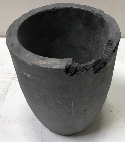 #18 Budget Graphite Crucible - Slight Damage